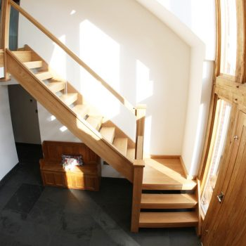 Open Plan Oak Stairs Design